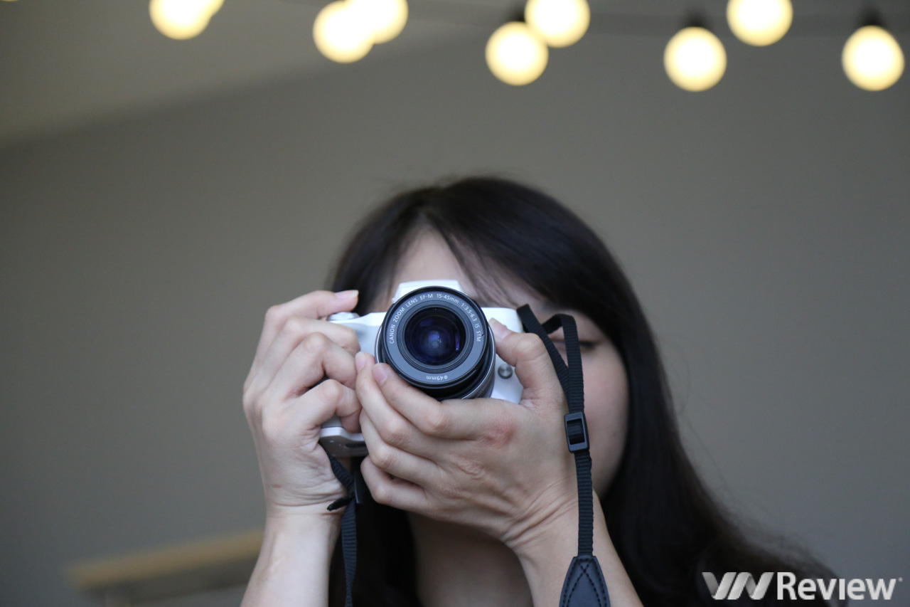 10 points to pay attention before buying Canon M50 - VnReview
