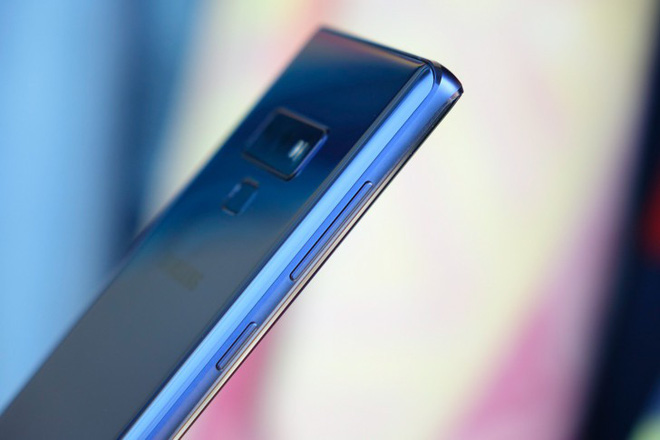 Rumor: Galaxy Note 10 will not have a headphone jack, physical keys are also removed? - Photo 1.