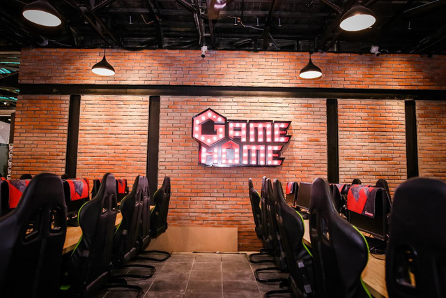 GameHome 19 Ho Tung Mau opens the second floor, gamers temporarily have to wait long queues for the machine! - Photo 1.