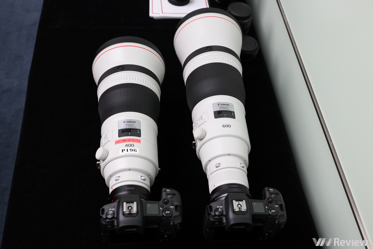In the hand of super telephoto lenses, the starting price of 280 million dong of Canon - VnReview