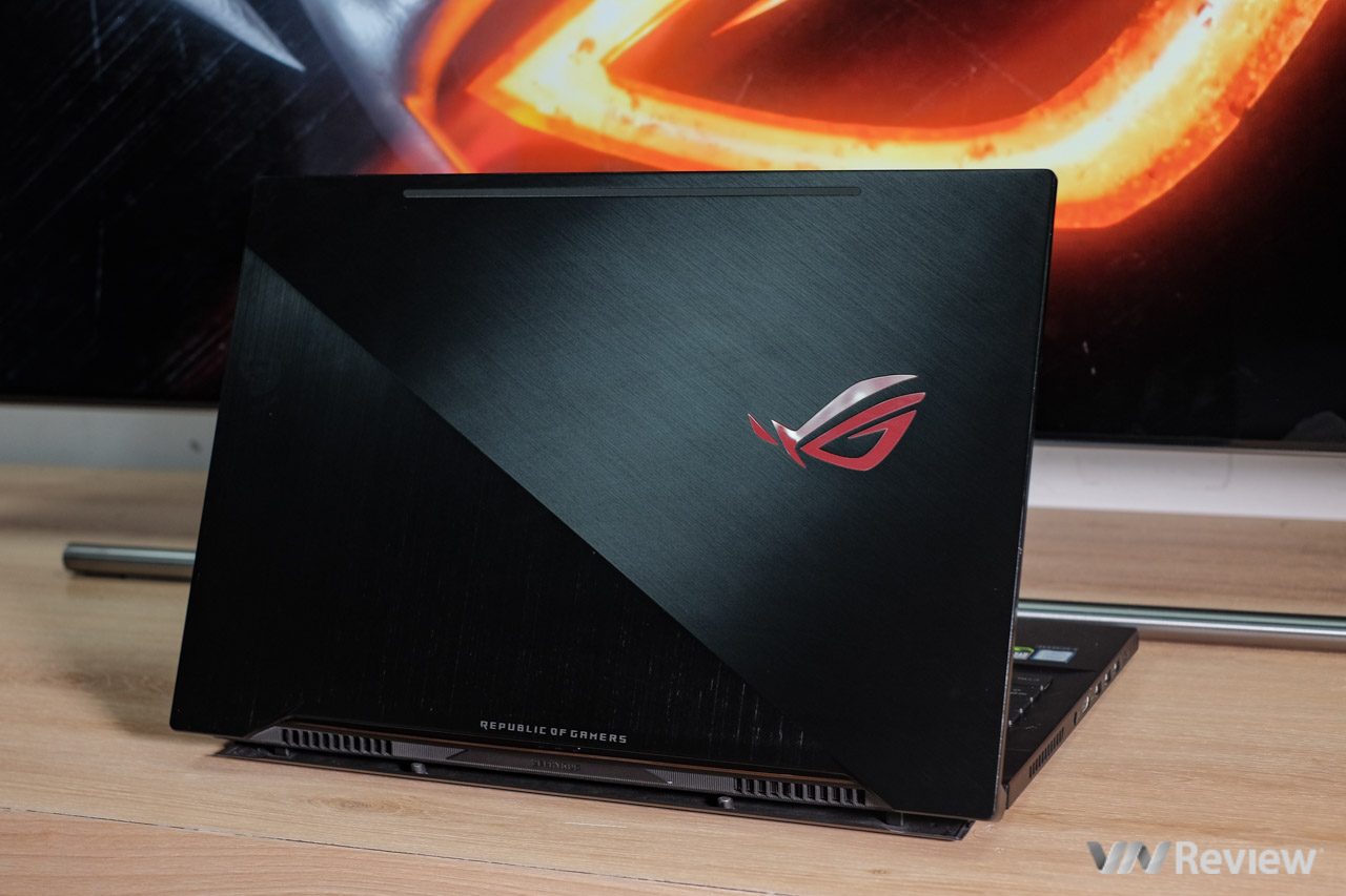 Quick review ROG Zephyrus M: Still high-end design but the price is more comfortable - VnReview