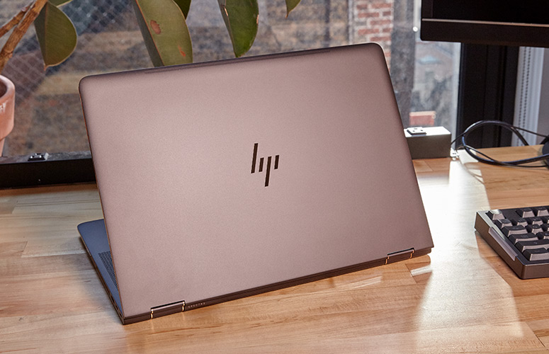 Review HP Specter x360 15-inch (2017) - 2-in-1 laptop with beautiful design, long battery - VnReview