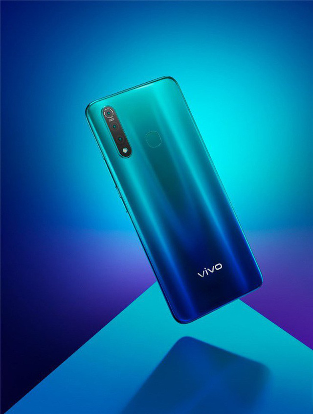 Vivo Z5x launches: Snapdragon 710, 3 rear cameras, 5000mAh battery, priced from 4.7 million VND - Photo 1.