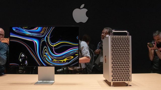 Apple shocked Mac Pro 2019 with a price of 250 million, designed a full hole with holes - Photo 1.