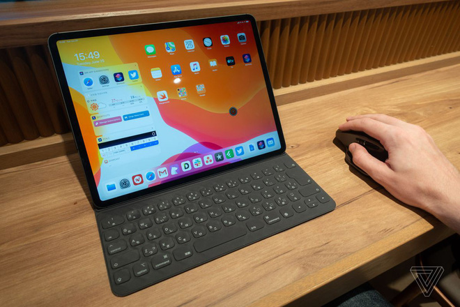 Try mouse on iPad Pro install iPadOS Public Beta: Experience completely different computer mouse, sketch control operation - Photo 1.