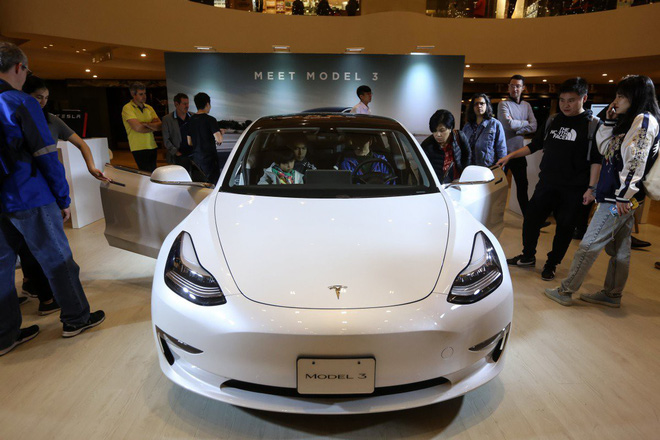 Tesla Made in China prices are cheaper than Made in US by 13% - Photo 1.