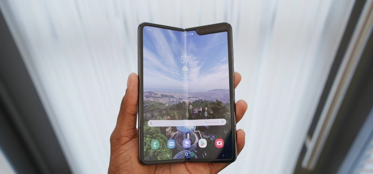 Sforum - Information page latest technology meet-samsungs-crazy-innovative-flawed-galaxy-fold.1280x600 Samsung Galaxy Fold version 5G certified in the US, ready for