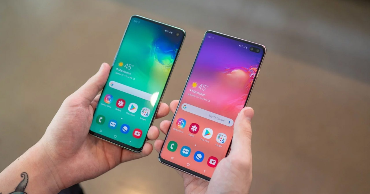 "Sforum - Information page of the latest technology galaxy-s10-s10-plus-giam-gia-soc-cover Shocking price reduction, Galaxy S10 / S10 + suddenly becomes a ""bargain"" with the price of only VND 15.39 million!"