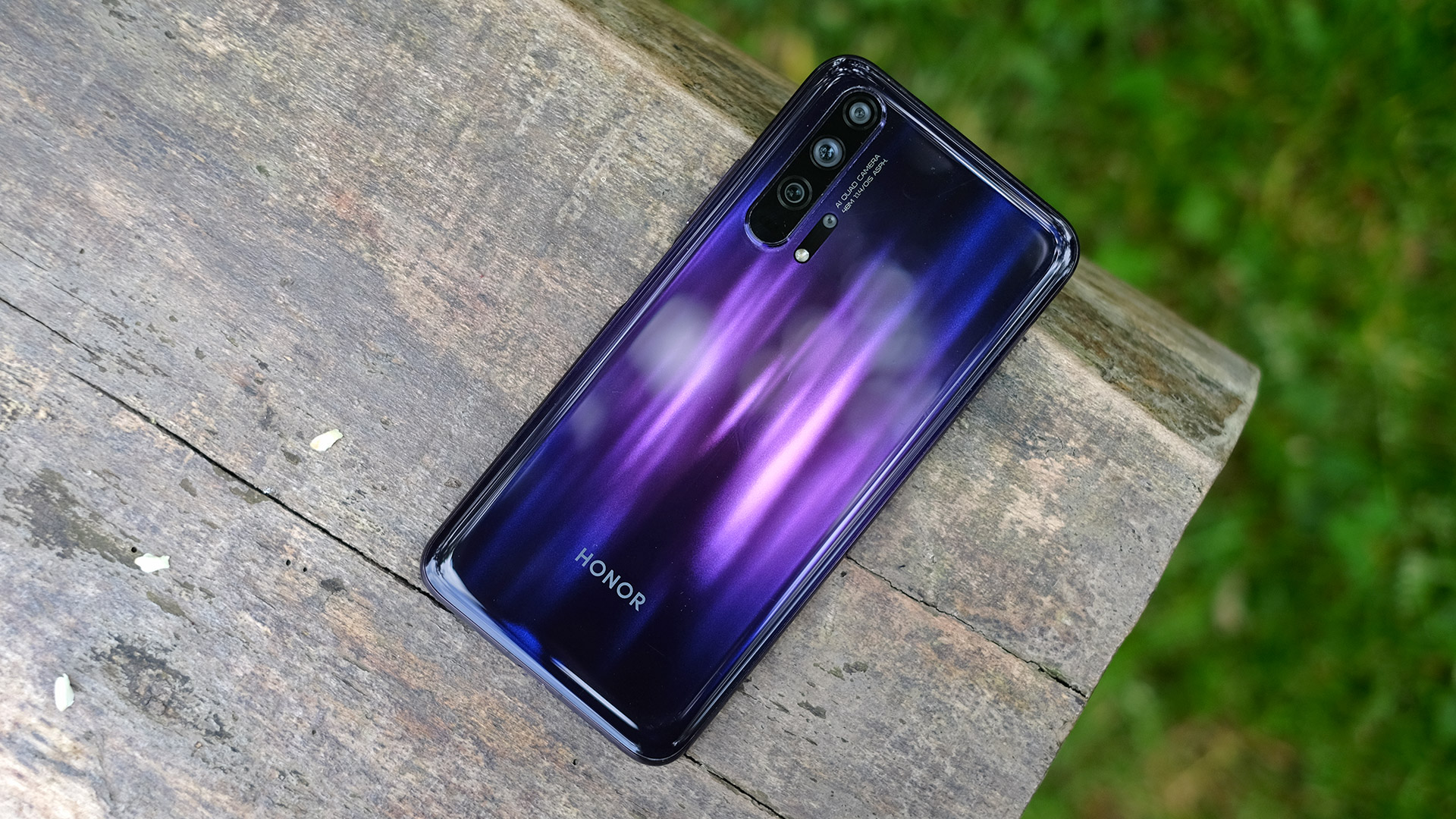 "The embargo will ""blow away"" 60% of Huawei's global smartphone sales - VnReview"