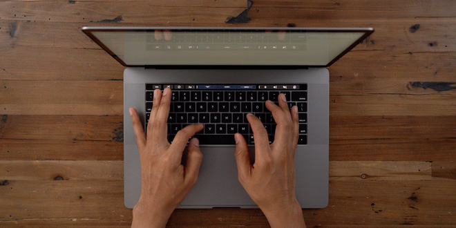 Rumor: Apple's scandalous butterfly-wing keyboard is about to be removed on new MacBooks - Photo 1.