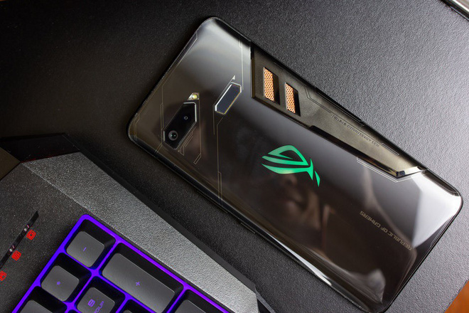 Asus ROG Phone II will be the first smartphone to use the new Snapdragon 855 Plus chip - Photo 1.