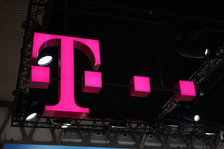 Talks between T-Mobile and Dish could lead to a deal in two to three weeks