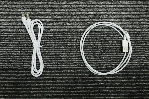 IPhone charging cable surgery fake and genuine goods, never regret money for this technology accessory - Photo 1.