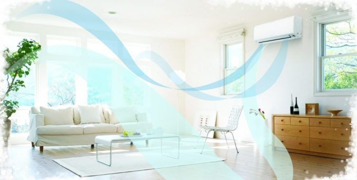 How does the Dry mode of Panasonic air conditioner work?