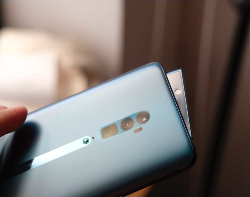 Oppo Reno zoom 10x opened for sale for VND 20.99 million