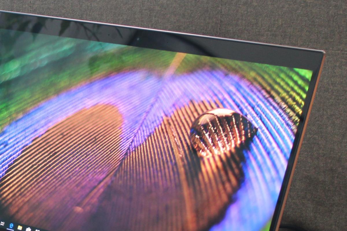hp spectre x360 15t touch amoled detail