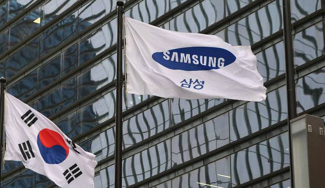 Samsung met numerous difficulties because of being held between the Korean-Japanese trade war - Photo 1.