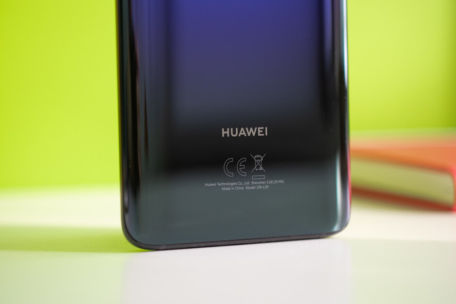 The Huawei Mate 20 Pro - The Huawei Mate 30 Pro has been spotted in public for the first time
