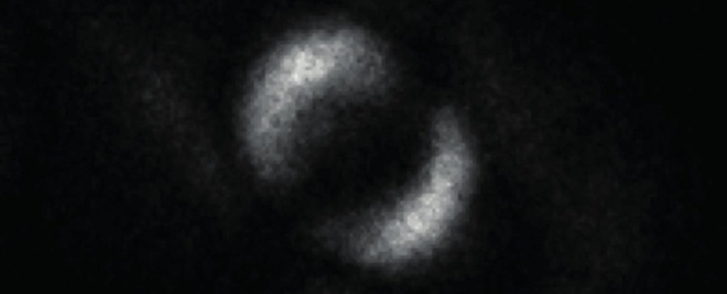 The first photograph captures the phenomenon of quantum entanglement, which Einstein once called the ghost effect - Photo 1.