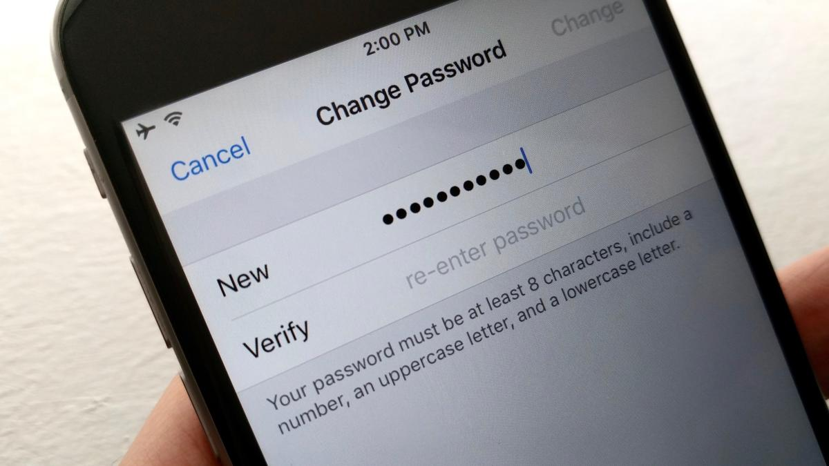 Sforum - Latest technology information page 4-ways-to-protect-your-icloud-password-change-your-password_1-100717533-large iOS 13 has a serious security error that makes all users' passwords leaked