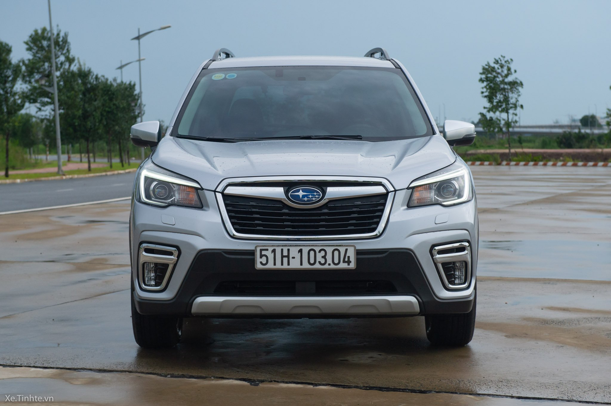 Loading on-hand-subaru-Forester-2019-0709.jpg ...