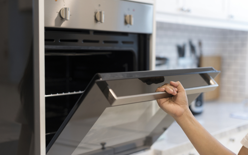 Products to keep oven clean