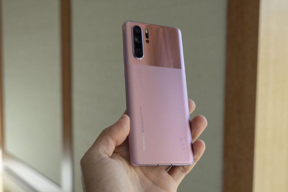 Huawei P30 Pro now comes in two new colors and they look very classy (hands-on)
