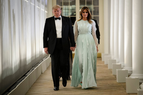 US President Donald Trump and First Lady Melania came to the nest in Rose Garden on September 20. Photo: AFP.