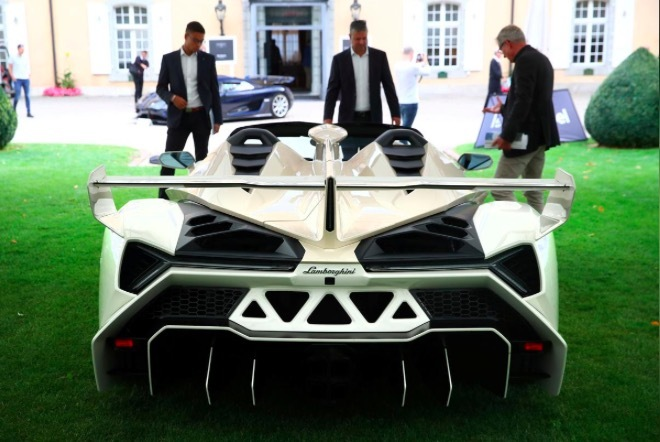 Watch the splendid supercar staging great discounts