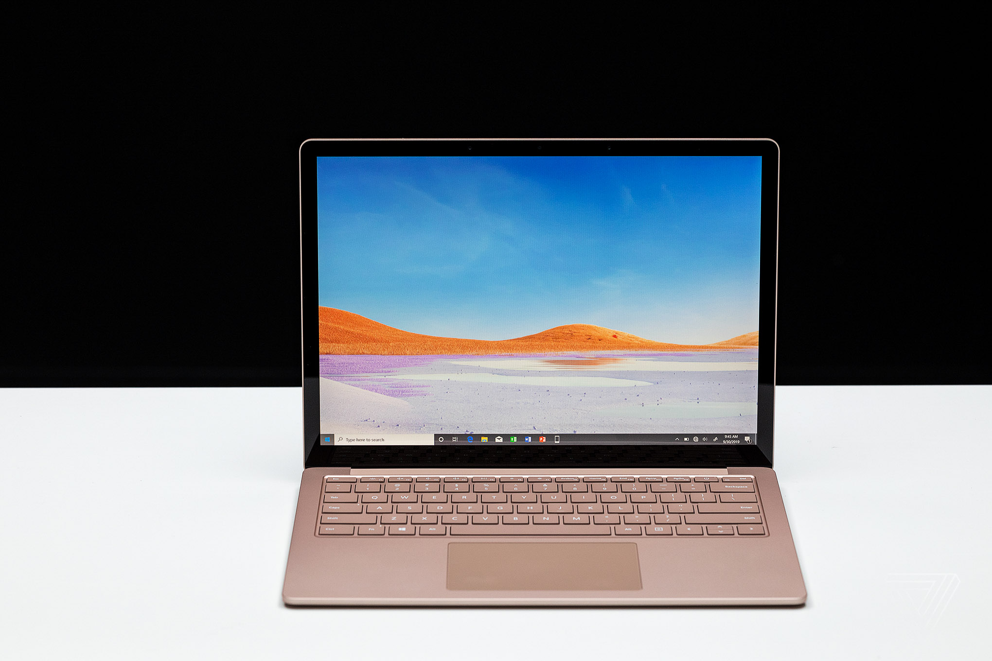 13.5-inch Surface Laptop 3 review: a traditional, but excellent Windows laptop - VnReview