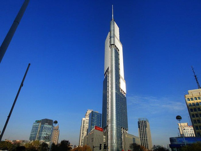 Landmark 81 slips out of the Top 15 tallest skyscrapers in the world - Photo 1.