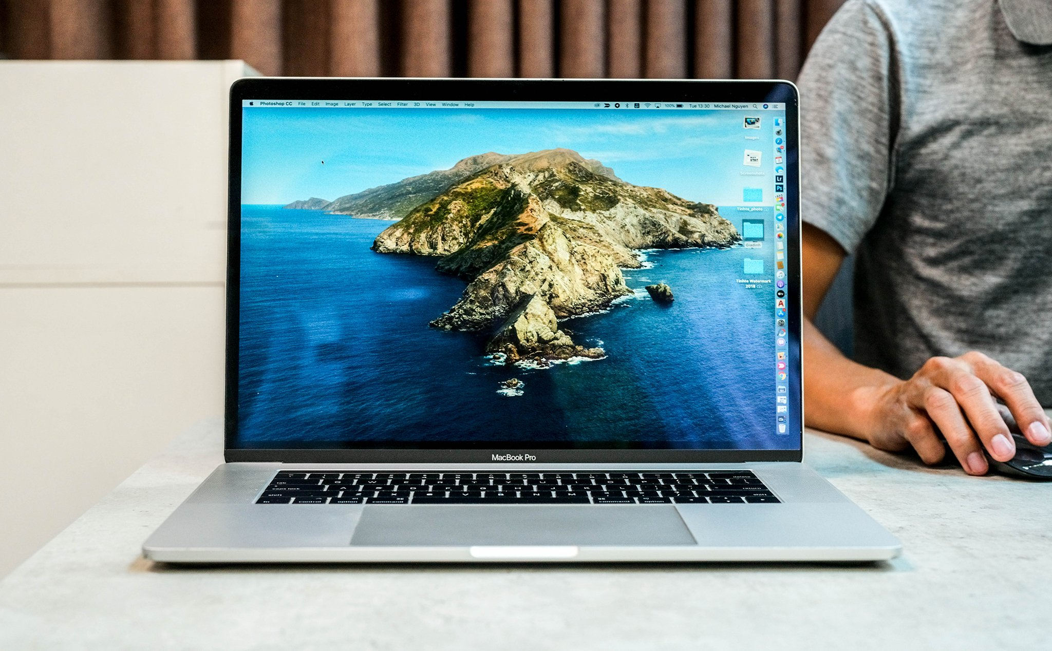 Official macOS Catalina 10.15.1: Support for AirPods Pro, new Emoji, many bug fixes, ...