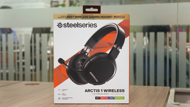 Try SteelSeries Arctis 1 Wireless: Playing the game wants to go to the WC without even removing the headphones - Photo 1.