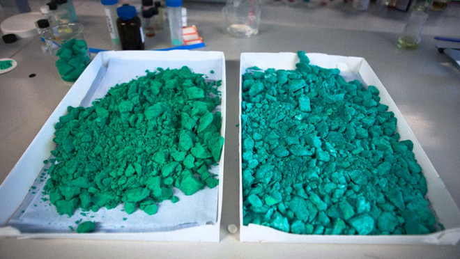Only by attaching a dehumidifier, nanomaterials can create water from nowhere - Photo 1.