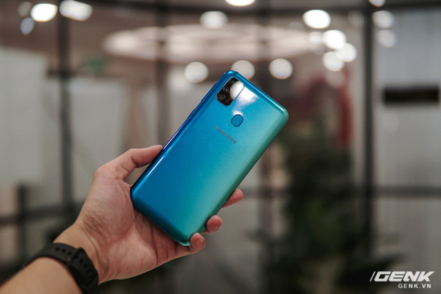 """Warring States Mobile, Asphalt 9 all day with Galaxy M30s: How much """"divine"""" 6000mAh battery? - Picture 1."""