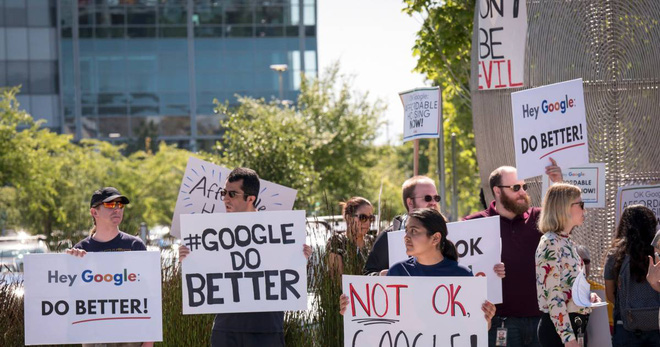 Dismissing personnel because of disclosing information to the media, Google was protested by thousands of employees - Photo 1.