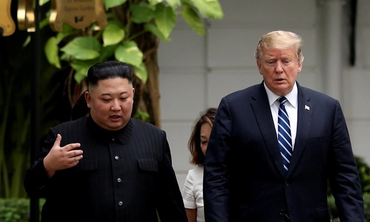 North Korean leader Kim Jong-un (left) and US President Donald Trump at a summit in Hanoi in February. Photo: Reuters.