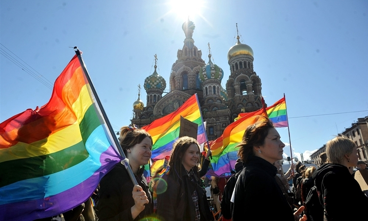 Russian LGBT community marches in St. Petersburg city Petersburg, opposed the ban on homosexual propaganda in May 2013. Photo: AFP.