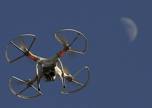 A drone from DJI company flew over Shanghai, China in 2015. Photo: Reuters.