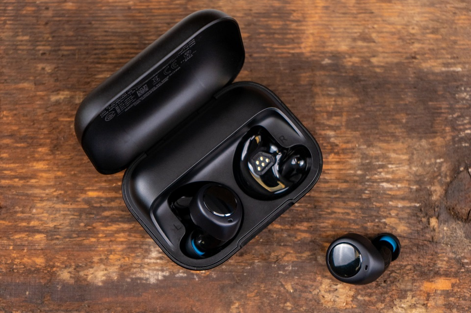 Sforum - amazonechobuds-ry-8 The best true wireless headsets launched in 2019