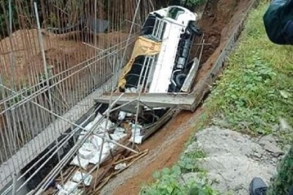 Trucks rushed down the canyon, 19 Filipinos died