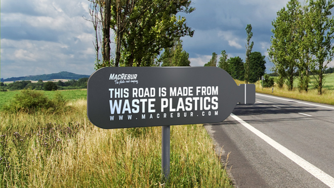 [Vietsub]  A Scottish company is saving the world by recycling plastic waste into roads - Photo 1.