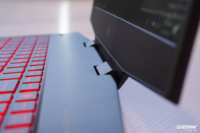 Bringing Omen 15 to Vietnam, HP finally joined the gaming laptop market in our country