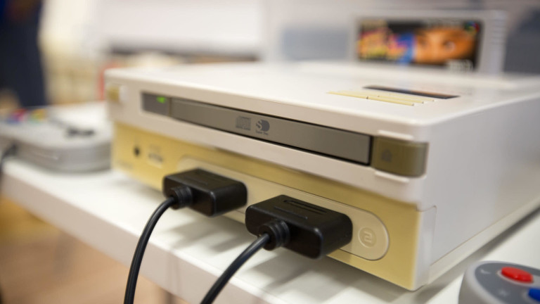 Extremely rare game console Nintendo PlayStation is about to be auctioned - VnReview