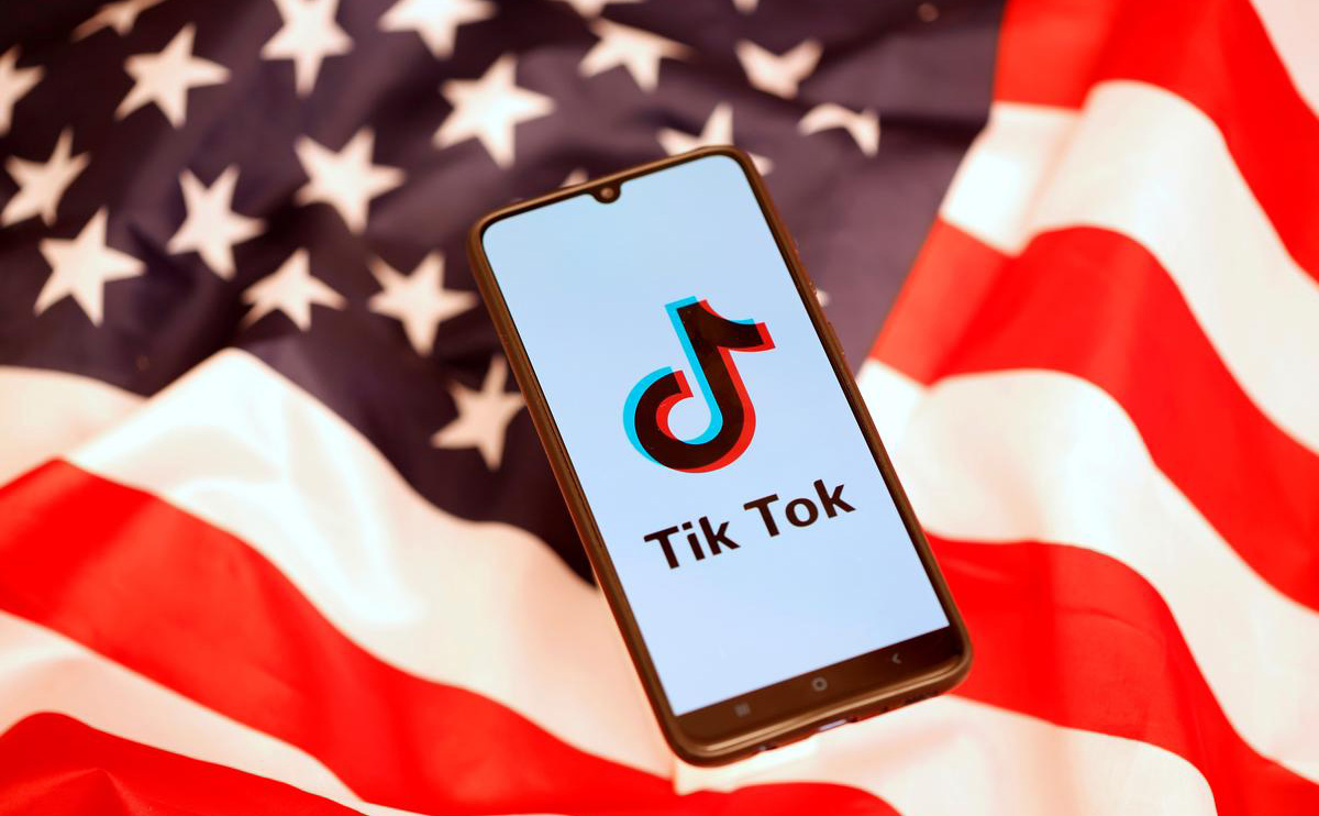 The US Navy prohibits soldiers from playing TikTok on granted phones