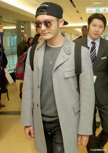 """Huang Xiaoming: With a """"stupid kid"""" with a net worth of over 100 million, he is still on par with Chow Yunfa!"""