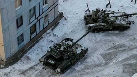 Ukraine continues to increase military equipment to Donbass