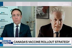 Jean Charest speaks on the management of the pandemic