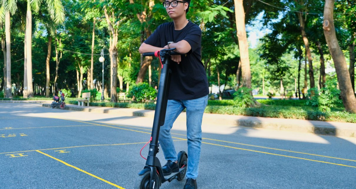 Turboant X7 Pro electric scooter review: A reliable choice thanks to a strong battery upgrade - VnReview
