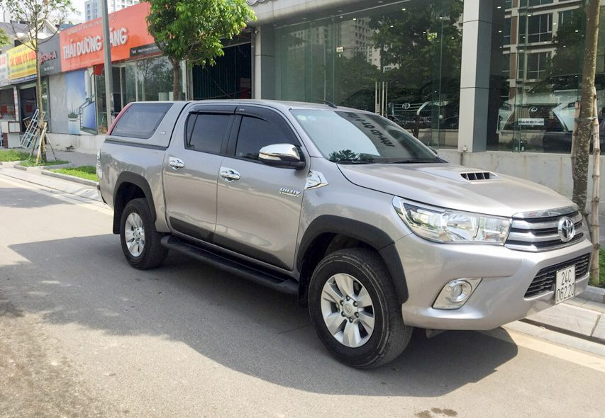 Experience buying Toyota Hilux 2015